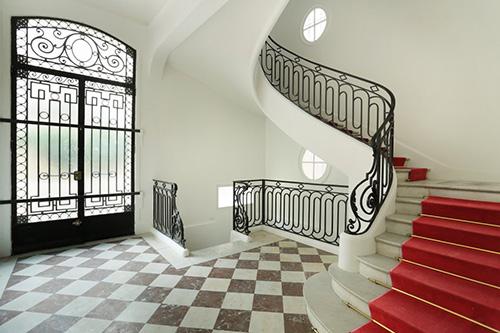 Paris 16e - hotel particulier escalier