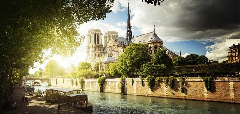 Paris Seine Notre Dame de Paris