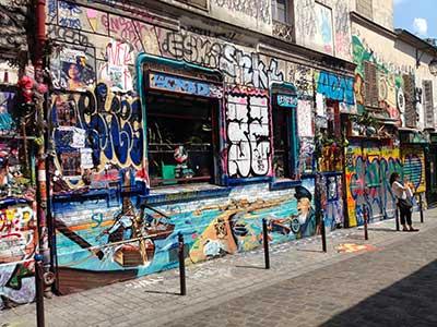 Paris Rue Denoyez