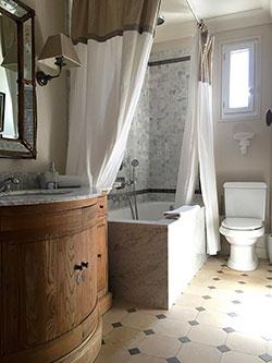 Salle de bain Saint Simon 7e Rue du bac 56 Paris